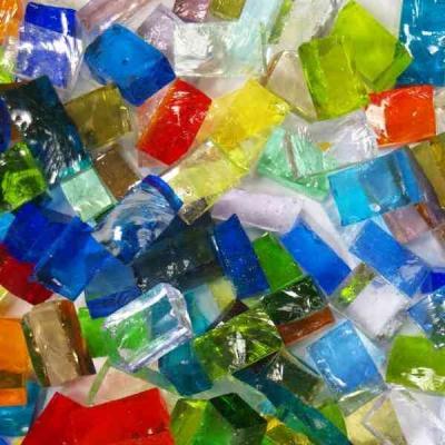 Tessere per mosaico in vetro colorato di Murano