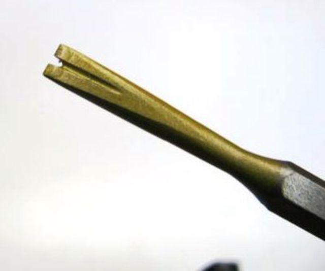 Gradina in widia da 8 mm.con 2 denti attacco 12,5