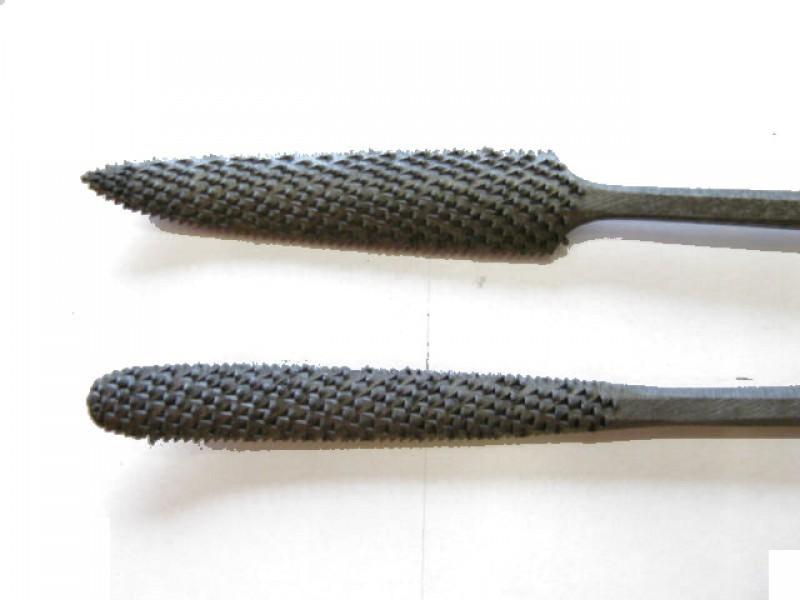 Raspa in acciaio temperato e lavorata a mano, forma cod.  656