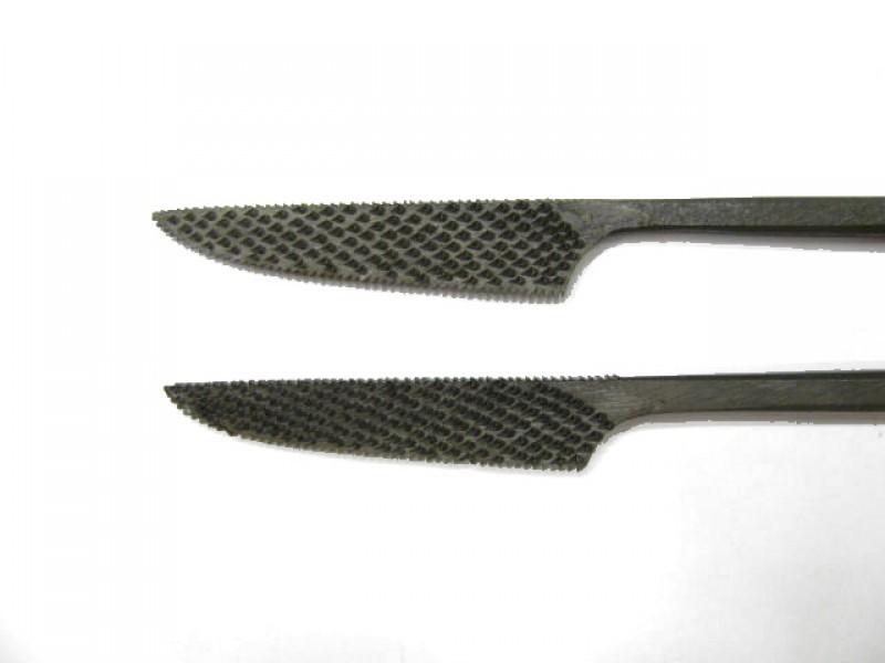 Raspa in acciaio temperato e lavorata a mano, forma cod.  659