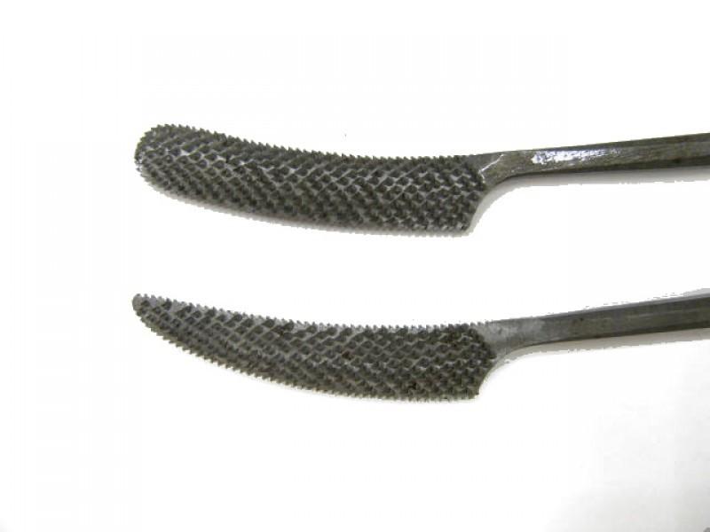 Raspa in acciaio temperato e lavorata a mano, forma cod.  662