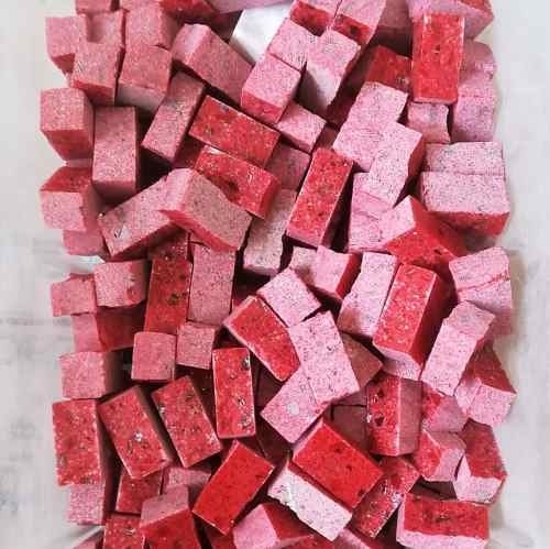 Tessere per mosaico Rosso lipstick 2x1x1 cm. Tranciato