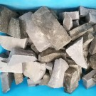 Pezzi di smalti color grigio scuro kg. 0,500 solo 5 confezioni